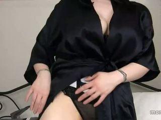 Mamma funnet ut sons porno historie