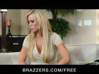 big boobs, orgazmë, brazzers