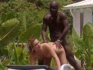 Putih istri fucks dengan perancis hitam di jamaika