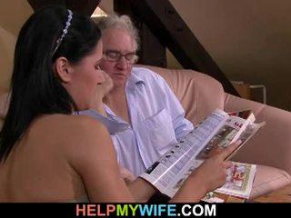 Hubby calls a guy į šūdas jo žmona