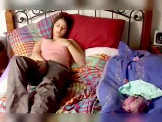 热 和 性感 印度人 女孩 lucinda 表现 胸部 和