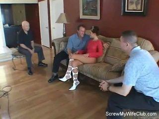 Swinger bojo screws stranger, hubby likes!
