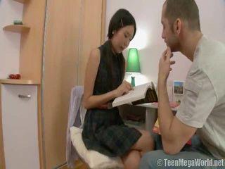 Orientalisch mieze doing sie homework