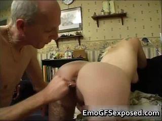 Vieux papy baise youthful tatlikewiseed femme