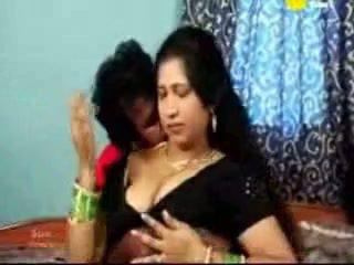 Indisch tamil rijpere aunty neuken met haar boyfriend