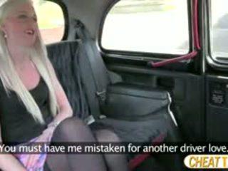 Stretnutie hore v taxi raz znova