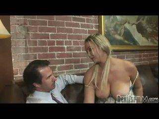 mare mui uita-te, distracție blonde cele mai multe, sânii mari toate