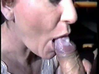 큰 정액 에 그녀의 mouh 비디오