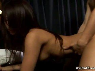 Akira ichinose knulling og tit sædsprut
