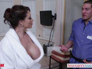 Horny mom Eva Notty gives titjob