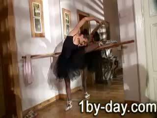 Luscious balerina masturbates