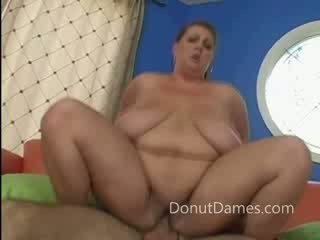 Sexy BBW bouncing on a cock for free pizza