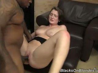 Eden muda got creampie daripada yang hitam guy