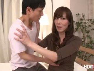 סקסי יפני reiko fucks ל לקבל a מושלם score