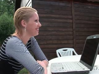 Cindy picardie grave sodomisee dans le jardin: ingyenes porn ea