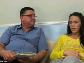 브루 넷의 사람, 십대 섹스, 하드 코어 섹스