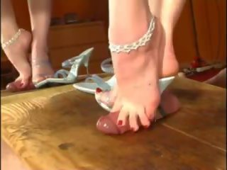 Fuss Sklave Shoejob: Shoejob Tube Porn Video 3a