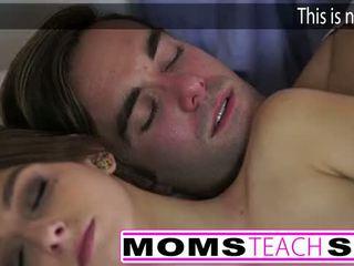 Seksi mama dan langkah putra apaan muda pacar perempuan