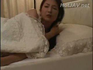 日本, 母亲, 摩洛伊斯兰解放阵线