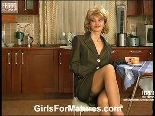 Christie And Jaclyn Pussyloving Mature...