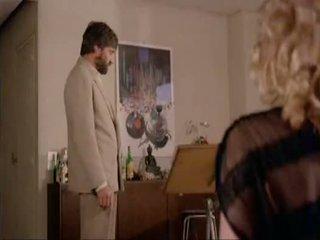 Marilyn jess uz la femme objet wearing zābaki
