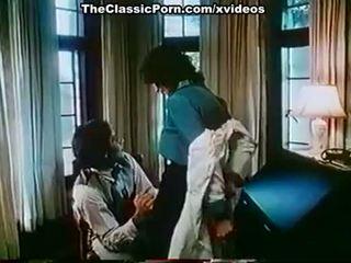 Kay parker, john leslie į vintažas xxx klipas su puikus seksas scena