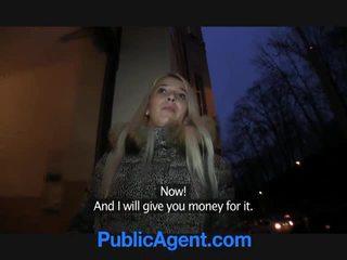 Publisks agent fucks blondīne palaistuve dominica