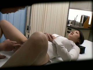 Spycam studentessa misused da dottore 2