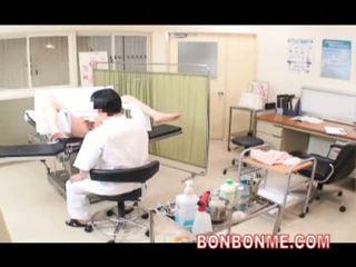 Obstetrics ja gynecology arst perses tema milf patsient 01