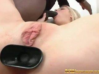 Incrível loira puta sexo a três inter-racial porno anal dp