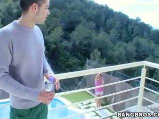 Playgirl gives hunk ein carnal und moist fellatio