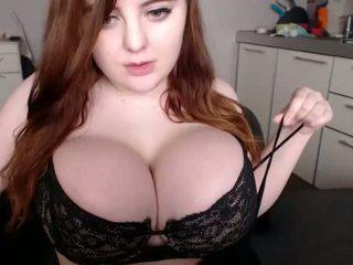 Amateur kriisrus flashing boobs on live webcam - find6.xyz