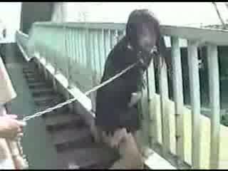 Jovem japonesa mãe shitting everywhere vídeo