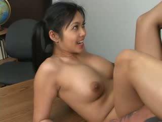 アジアの hottie mika tan assfucked