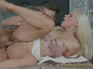 Dane Jones Hot Fuck for Deepthroating Blonde: Free Porn fd