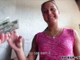 Amateur European Chick Agata Banged For A Chunk Of Cash