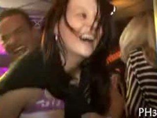 Csoport szex patty nál nél éjszaka club buzik és pusses minden ahol