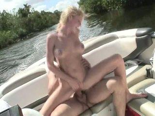 sert fuck taze, vergiye tabi gençler yeni, yacht eğlence