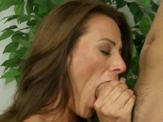 Cum Hungry Mom Gets Her Pussy Pounded