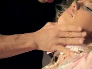 ruskeaverikkö, suuseksi, emättimen seksiä