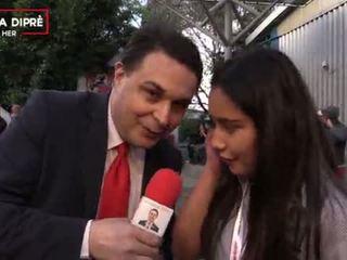 Strange video của một mexican cô gái với andrea dipre