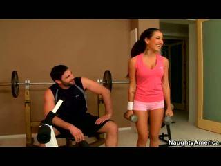 Amia miley banged en la gym