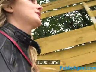Publicagent nóng canadian cô gái tóc vàng fucks một to con gà trống vì tiền mặt - khiêu dâm video 871