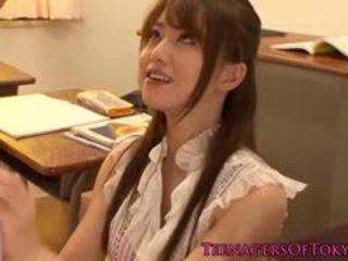 Ιαπωνικό τεκνατζού δάσκαλος πατήσαμε με αυτήν μαθητής/ρια