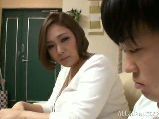 Reiko yumeno pleases بعض رجل تقريبا ل wonderful يندرج العمل