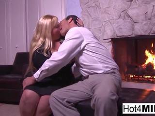 BBW MILF Cassie Lets Him Cum in Her Tight Pussy: HD Porn 29