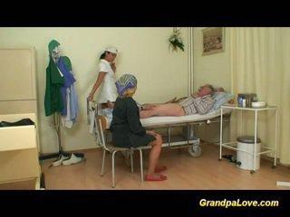 جد فتاة سخيف ال ممرضة