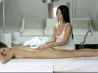 Silvie in addison masaža vsak pizde
