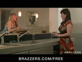 Cheating big-tit Horny redhead MILF wife Rayveness fucks big-dick