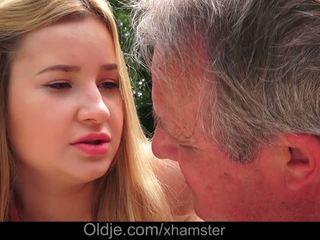 Cherry fényes delicious lips lets nagypapa elélvezés -ban neki segg
